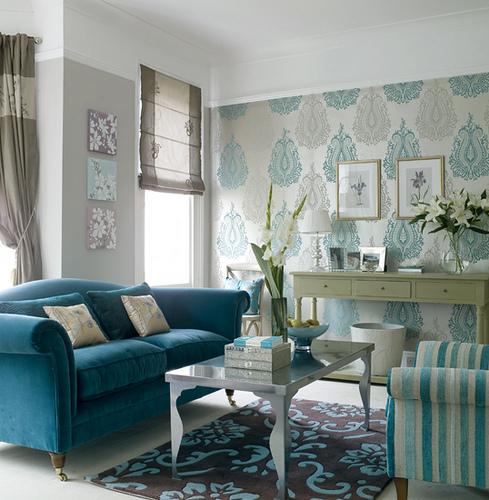Redecora tu salón colocando Papel Pintado