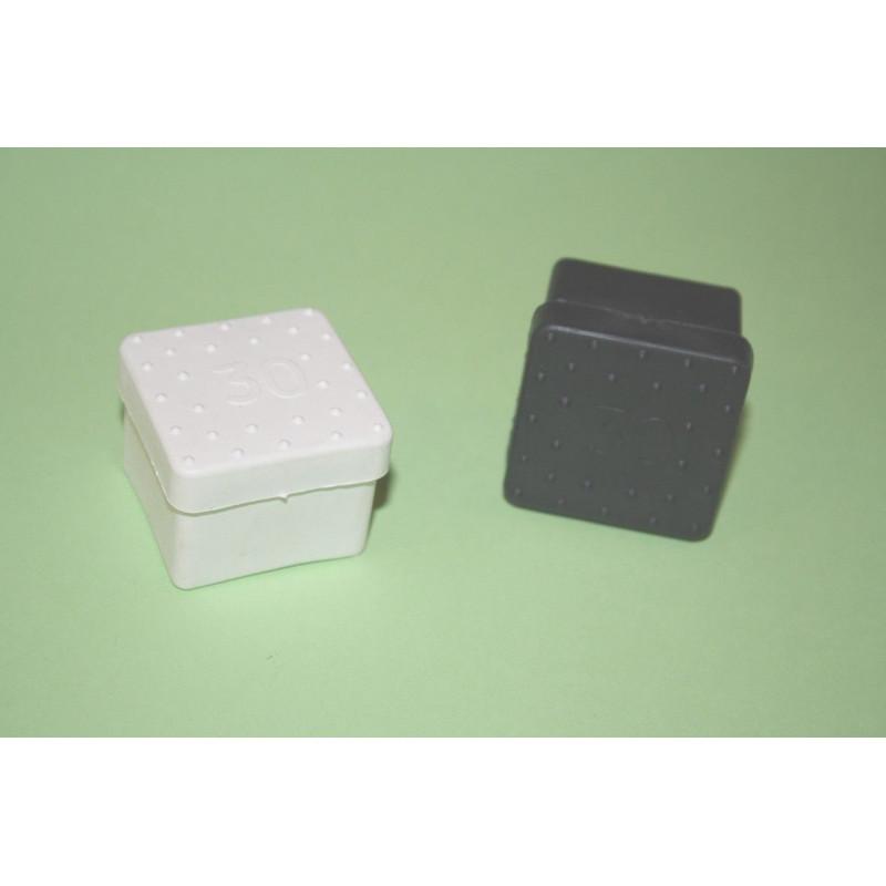 Comprar contera plastico negra cuadrada 30x30 10436 en - Conteras de plastico ...
