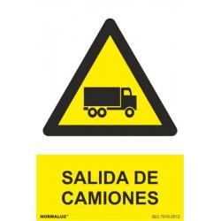 Cartel Señal 210x300mm Pvc Salida Camiones Normaluz
